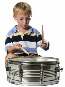 Drums_Class_Boy_with_snare_drum2